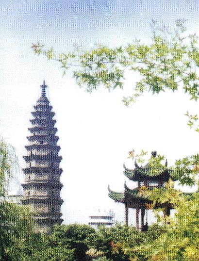 Lo sviluppo e i frutti dell architettura cinese del tempo risultano