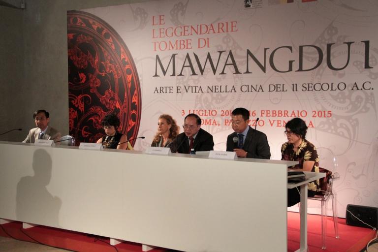 Roma aperta a palazzo venezia la mostra le leggendarie for Mostra cina palazzo venezia